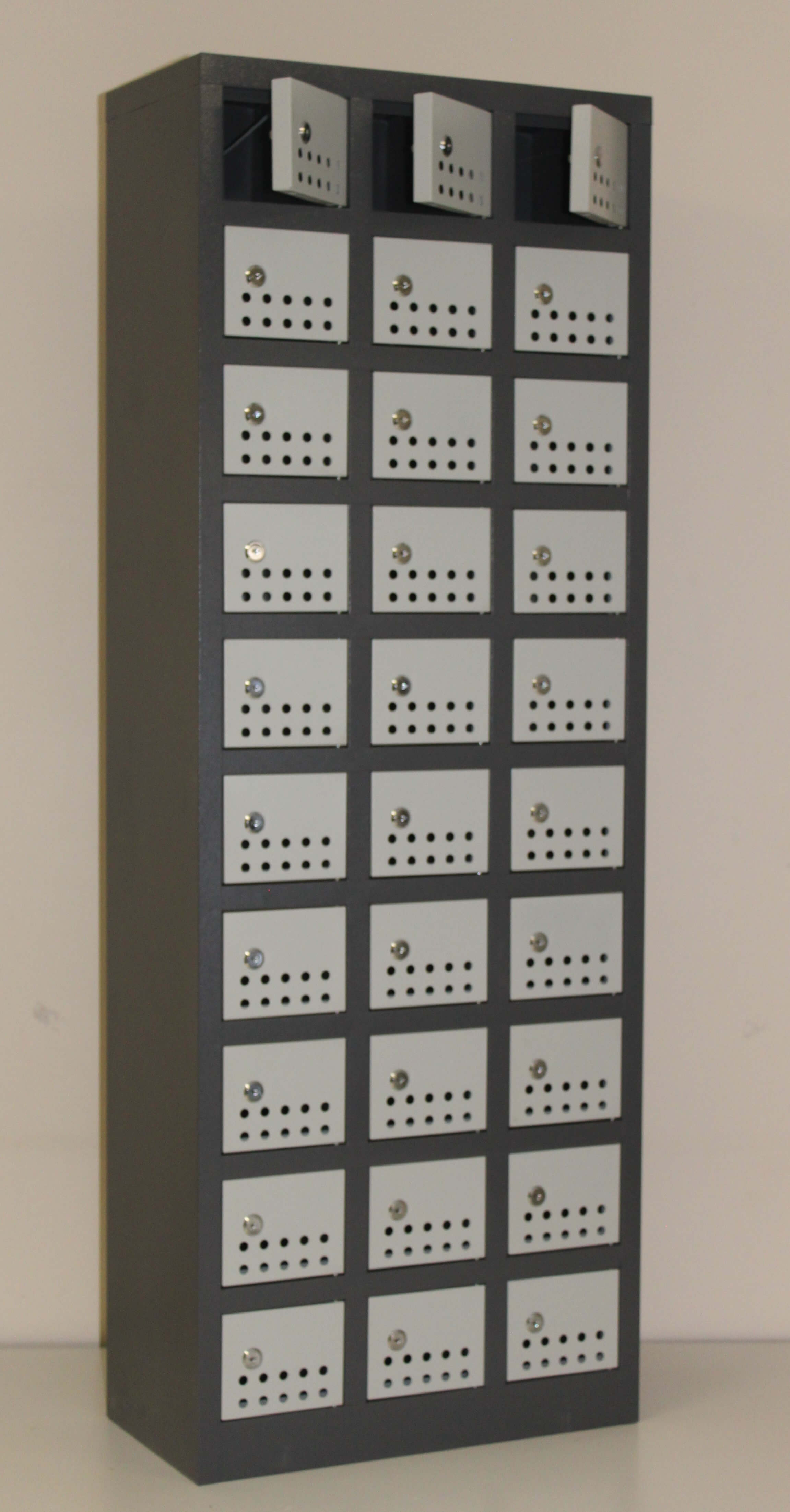 30 Compartment Cellphone Locker